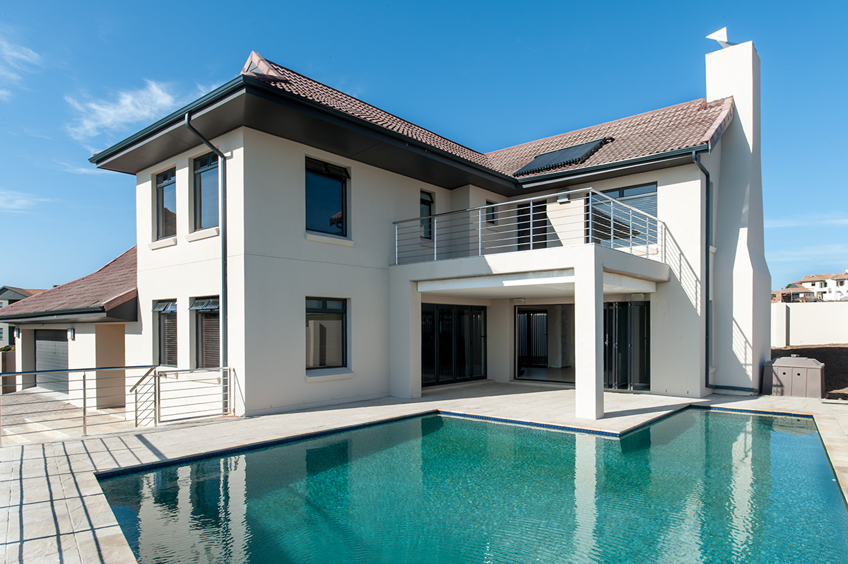 Large Balugha River Estate Home with pool